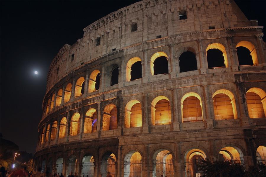 colosseo_roma_night